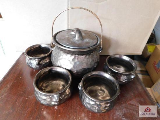 McCoy Hammered Soup Pot & Bowls