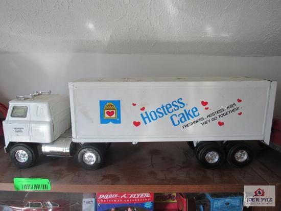 Ertl Hostess Cake Tractor Trailer
