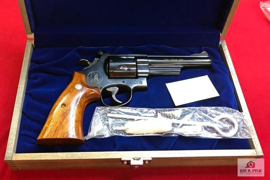 "Smith and Wesson 544 Blue ""Texas Commemorative"" 150th Ann .44-40 