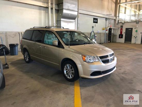 2013 Dodge Grand Caravan Van, VIN # 2C4RDGCG9DR568370