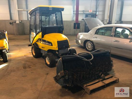 NEW HOLLAND MC35 DIESEL 4WD AUTOMATIC W/BRUSH ATTACHMENT | VIN/SN: 0401BM-143