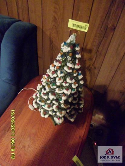ceramic Christmas tree`