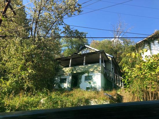 1218 Upper Vine Street Charleston WV