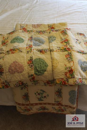 Quilt with Pillow Cases