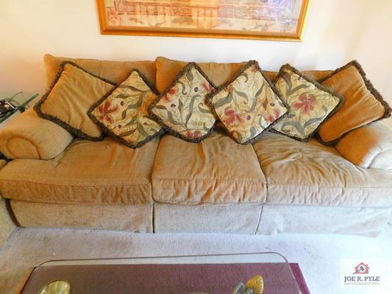 Large modern 8-1/2' sofa