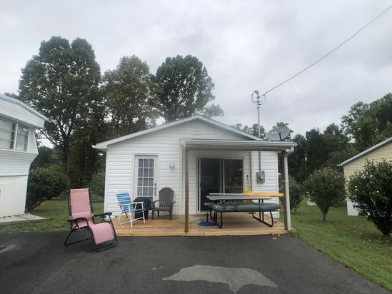 Cozy Fairmont Home
