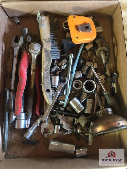 1 Lot of hand tools