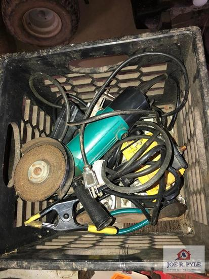 1 Lot of power tools, grinder, router, work light