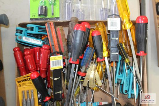 Assorted size screwdrivers