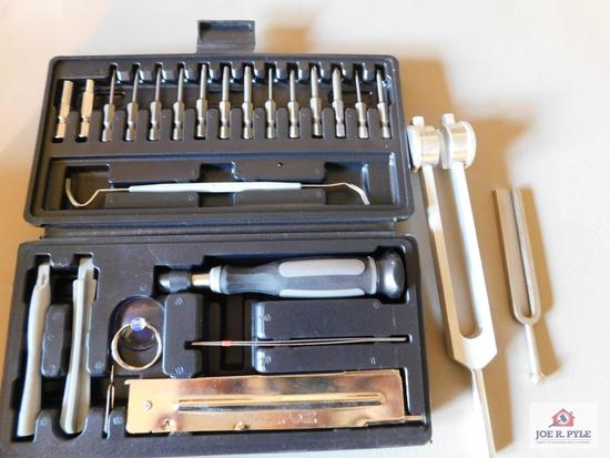 ZooZen tuning set with tuning forks