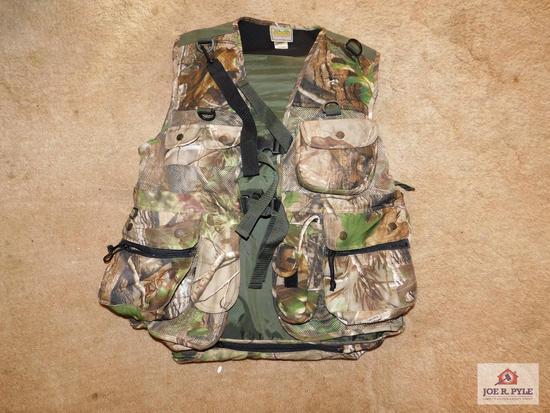 Men's small Fieldline camouflage hunting vest
