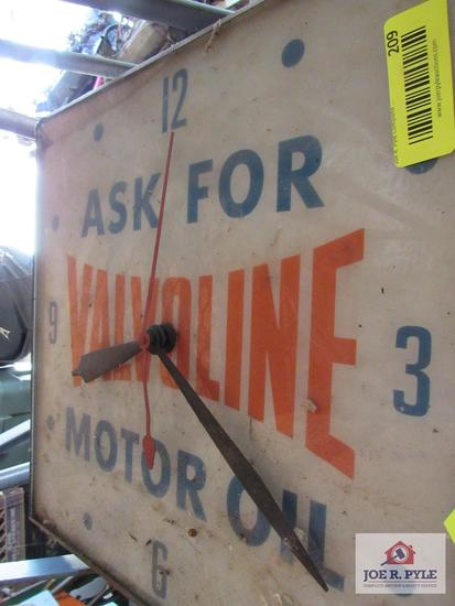 Valvoline Clock Cracked Glass