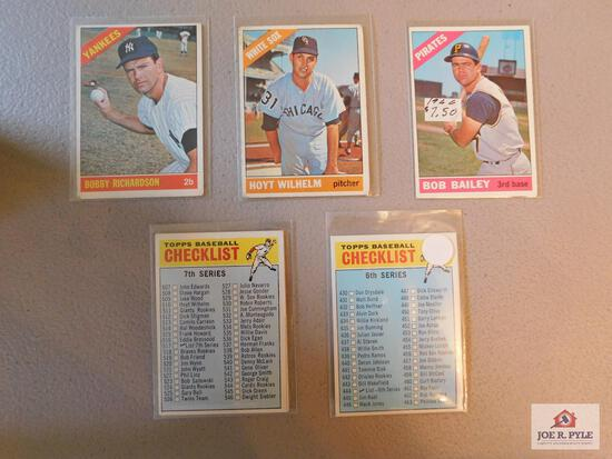 1966 Topps BB 25 different semi-high numbers: 6th & 7th checklists, Bailey, Wilhelm, Richardson,