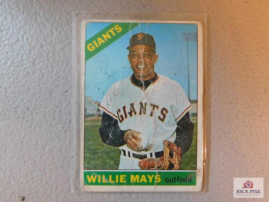 1966 Topps BB assorted: includes Mays, Banks, other stars and semi-stars conditions vary from poor