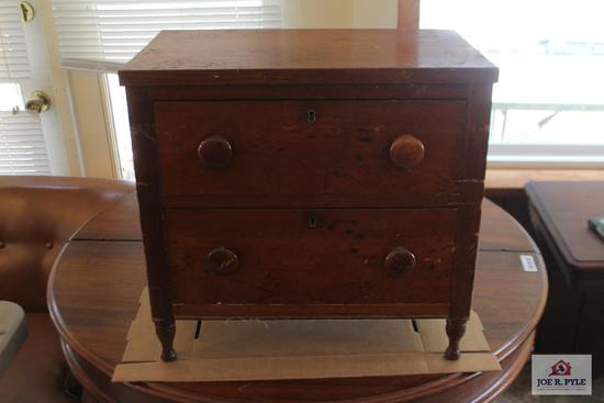 Small pegged and dovetailed chest 21X21X13