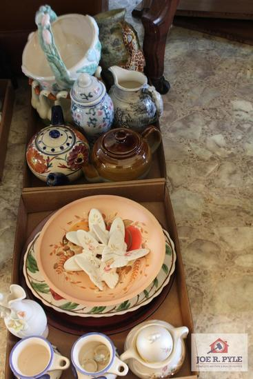 Pitchers, vases, tea pots