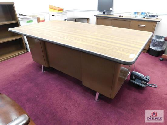 metal desk with credenza