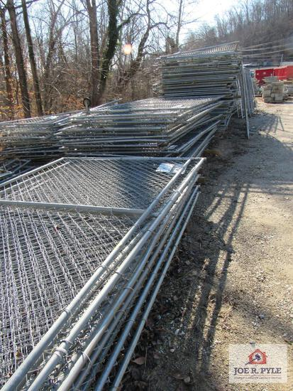Security Fence Approx 244 Panels 10Ft x 16 Ft