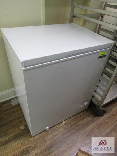 Small deep freezer