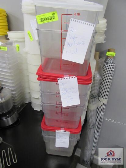 Five 6qt container w, 2 8qt container