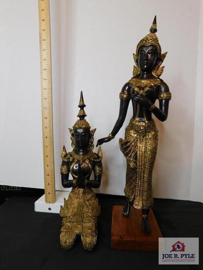 Sheba statues