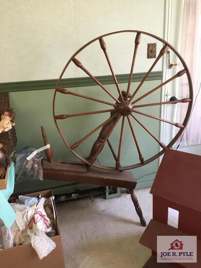 Large flax spinning wheel