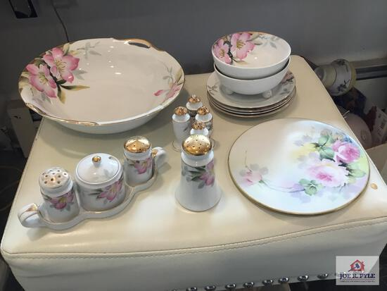 Noritake Azalea: condiment set, 2 set s & p's, serving bowl, 4 small plates, Mayo bowl, shaker, hot