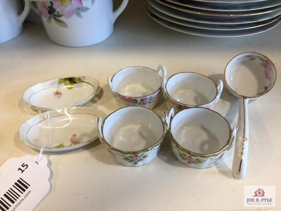 Noritake Azalea: 2 butter pats, 4 butter dishes, and 2 Mayonnaise ladle
