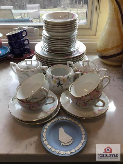 Noritake Azalea lot: 4 cups and saucers, 6 small bowls, plates, sugars, etc.