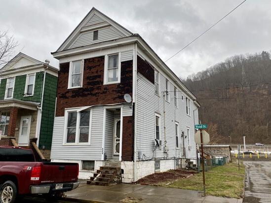 Duplex Sold to the Highest Bidder
