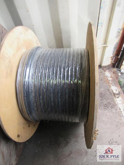 Roll of Figure 8 Fiber Optic Cable