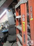 Louisville fiberglass ladder 4ft