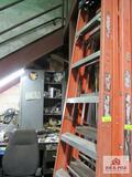 Louisville fiberglass ladder 8ft