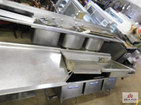 """Stainless steel table and 3 sinks (10' x ?, 60"""" x 25"""", 8' x 29"""")"""