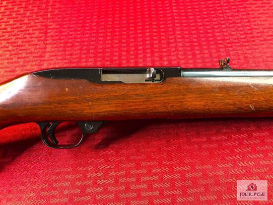 (23) Ruger Model 10/22 Carbine .22 LR | SN: 114-70916