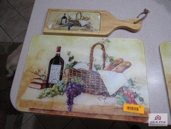 Wine Cutting (Glass) With Cheese Board