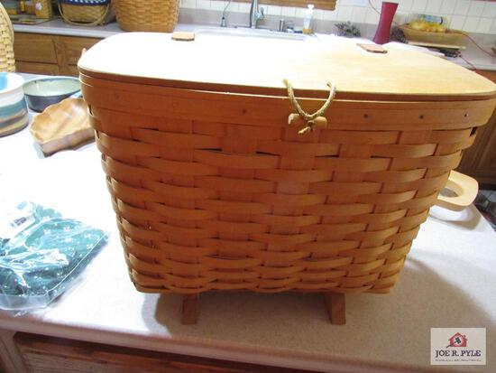 Longaberger Basket Magazine Basket #12114