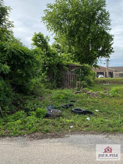 1739 Virginia Ave. Huntington , WV 25704