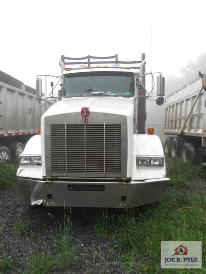 2006 Kenworth T800 Tri Axle Log Truck