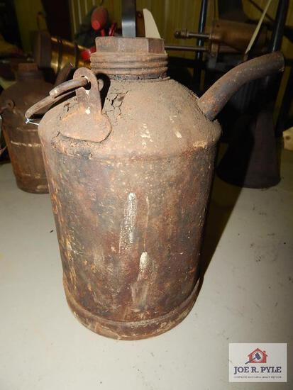 GEHL Manufacturing Coal oil can