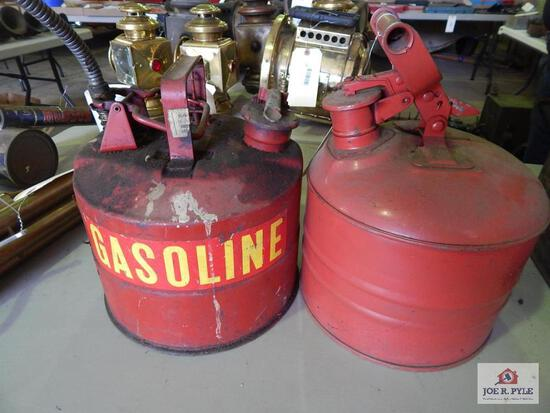 2 Gas safety cans