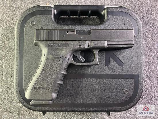 {11} Glock Model 22 .40 S&W |SN: LKC367