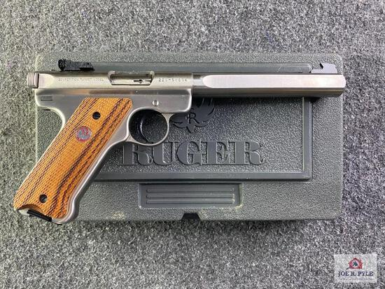 {18} Ruger Mark II Stainless Competition Target Model .22 LR |SN: 225-58864