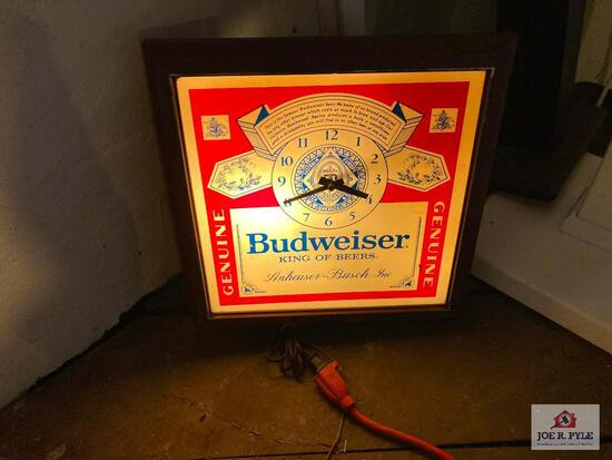 Vintage lighted Budweiser bar sign