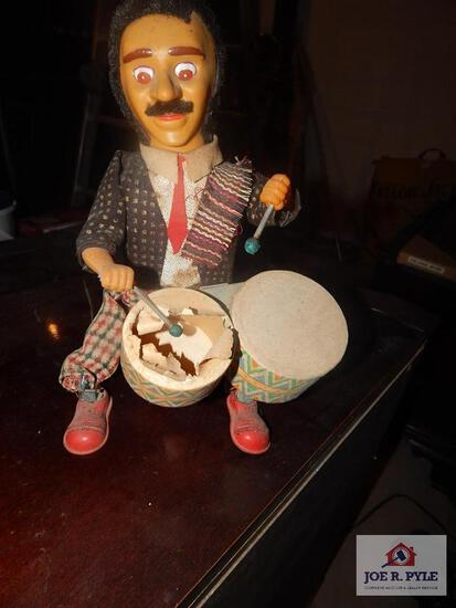 Alps battery operated toy drummer