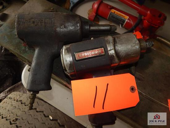 2 Air impact wrenches