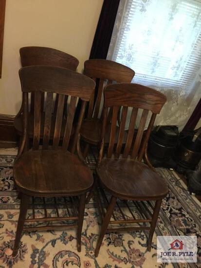 Set 4 antique oak chairs