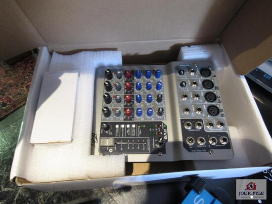 Peavey 6 Channel Mixer In Box