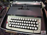 Smithcroona Type Writer