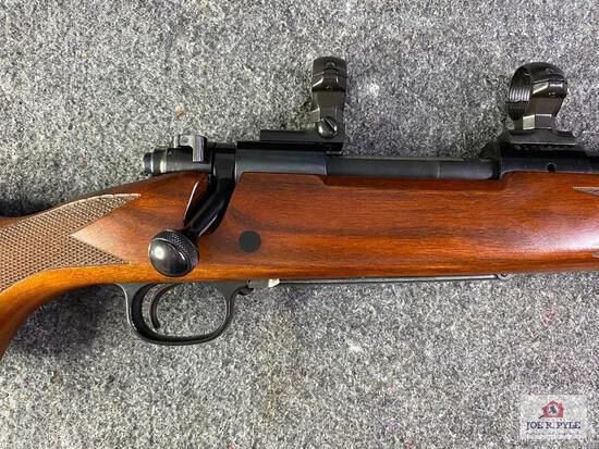 {16} Winchester 70 Classic Sporter BOSS .25-06 | SN: G109547